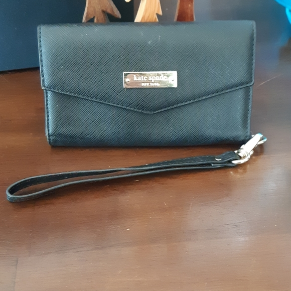 kate spade Handbags - Kate spade wallet cell phone holder